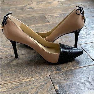 Levity Beige & Black Lace Up Back 3 3/4 Heel 9.5